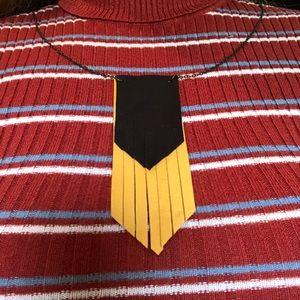 🆕VTG Style Boho Fringe Leather Necklace